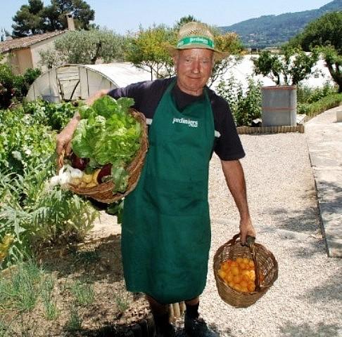 Comment savoir jardiner sur les conseils de georges dalmas for Savoir jardiner